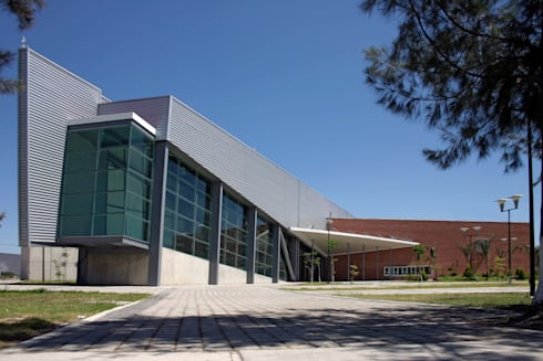 Volumen de rampas: Escuelas de estilo  por LEAP Laboratorio en Arquitectura Progresiva