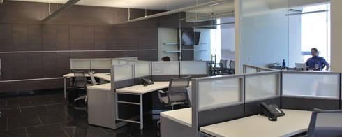 Oficinas Insight: Oficinas y tiendas de estilo  por LEAP Laboratorio en Arquitectura Progresiva