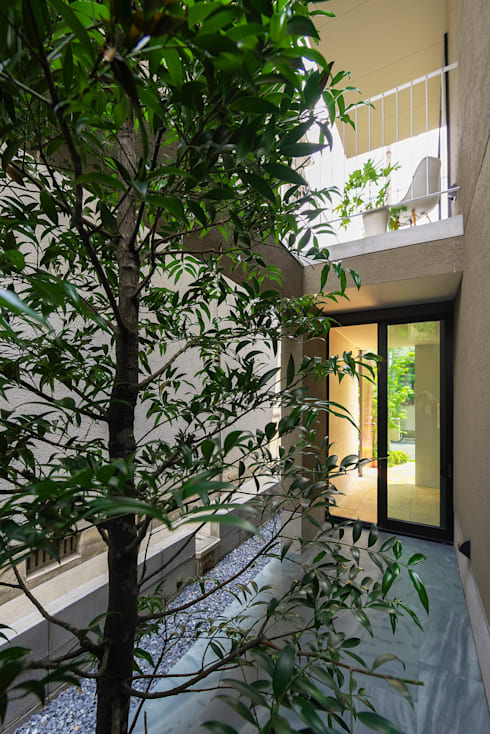 minimalistic Garden by タカヤマ建築事務所