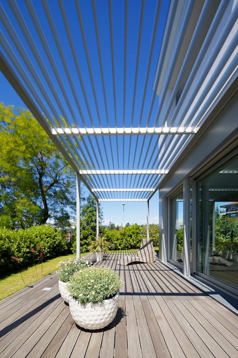 giardino: Giardino in stile in stile Mediterraneo di studio di architettura via bava 36
