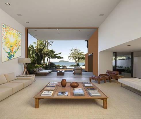 Casa familiare di studio d 39 arte e architettura ana d for Piani di casa in stile west indian