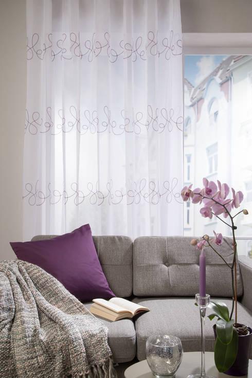 Puertas y ventanas de estilo clásico por Indes Fuggerhaus Textil GmbH
