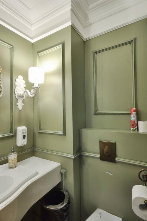 WC interior for the cafe Nautilus in Perm ALLARTSDESIGN: Ванные комнаты в . Автор – ALLARTSDESIGN