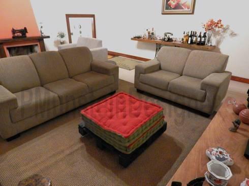 LAR DOCE LAR: Salas de estar rústicas por Patrick Munstein Designer