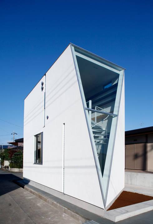 S Atelier: 小平惠一建築研究所が手掛けた家です。