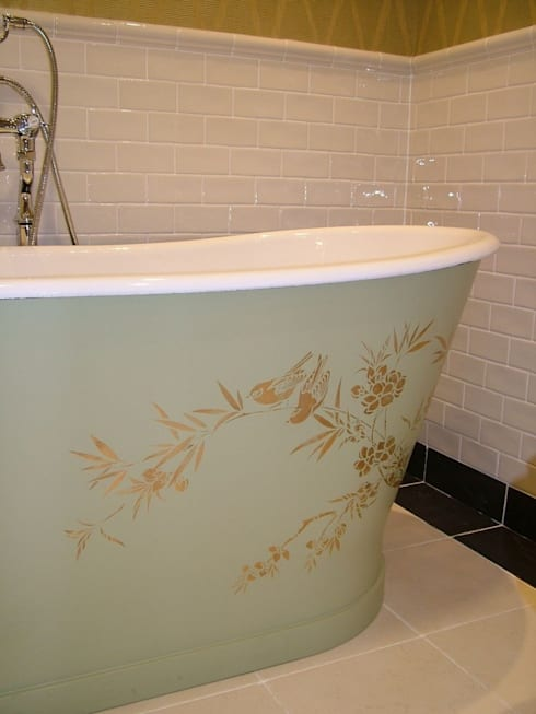 Painted Bath - Perth: classic Bathroom by Carte Blanche Decorative Painters