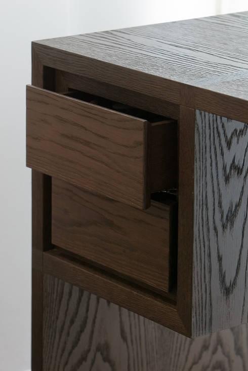 Meuble bureau: Bureau de style  par Atelier TO-AU