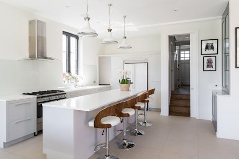 Broadgates Road: modern Kitchen by Granit Architects