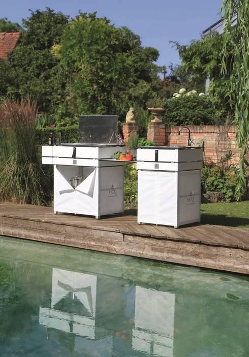 Outdoor Cooking: moderner Garten von Löchte GmbH