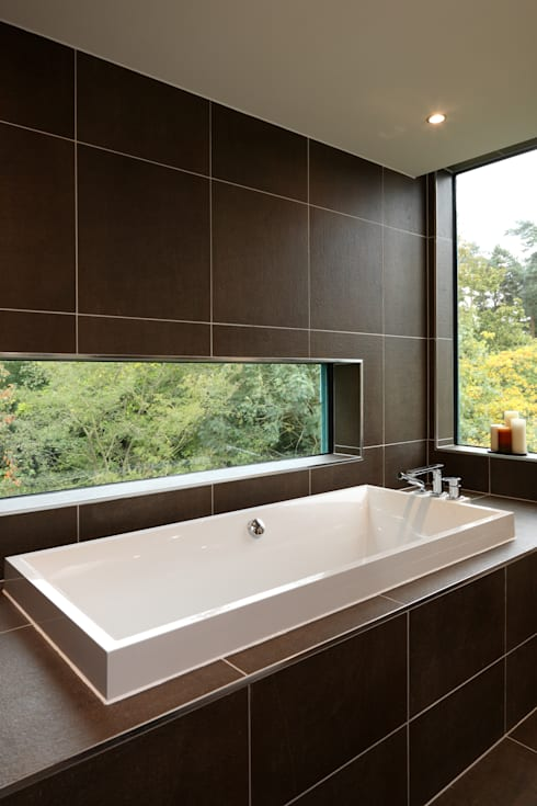 Stockgrove house: modern Bathroom by Nicolas Tye Architects