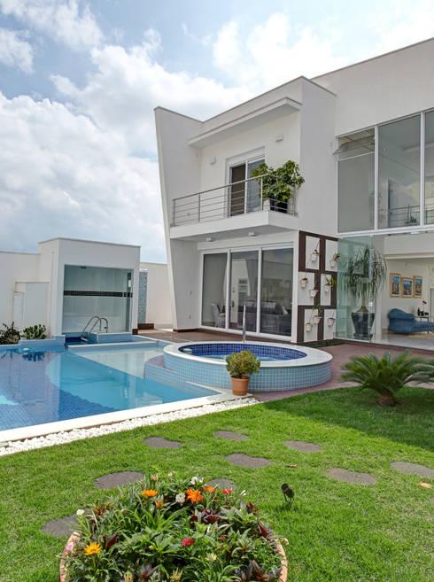 RESIDÊNCIA GF: Casas modernas por Le Araujo Arquitetura