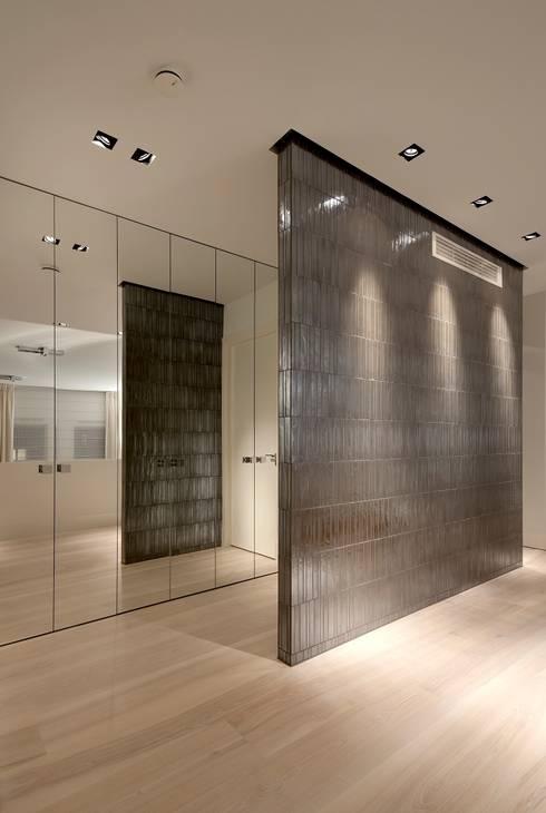 Project Glasshouse:  Muren & vloeren door Proest Interior