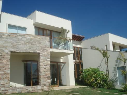 Residência MM: Casas modernas por Mascarenhas Arquitetos Associados
