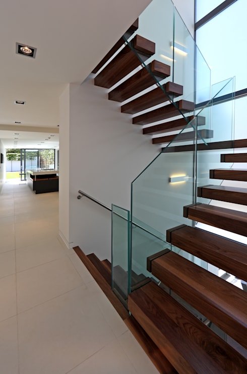 Corridor & hallway by Nicolas Tye Architects