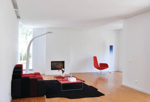 Sala de Estar:   por Nuno Ladeiro, Arquitetura e Design