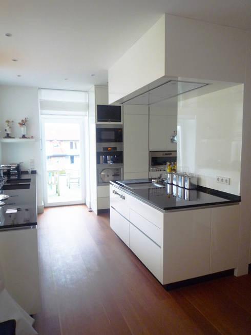 Wohnküche:  Häuser von Gronemeyer architekten