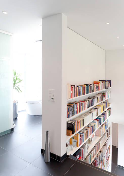 Hildenhöfli:  Badezimmer von Hans Ritschard Architekten AG