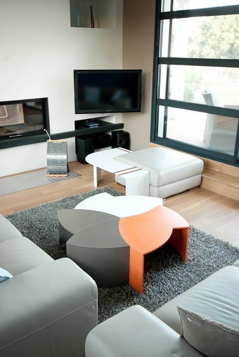 modules table: Salon de style de style eclectique par PP Design