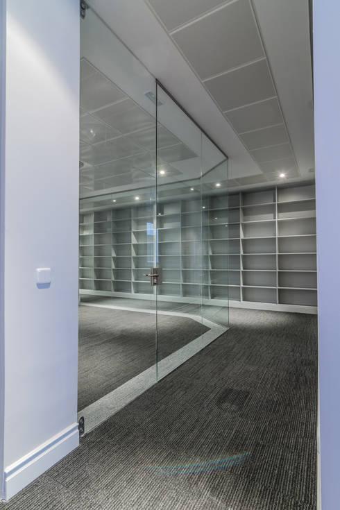 Despacho Notaría: Estudios y despachos de estilo clásico de ALTIA GROUP
