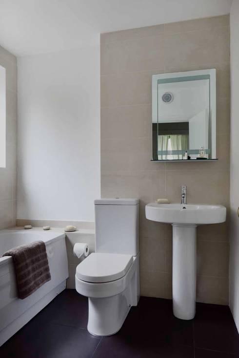 modern Bathroom by gdp interiors