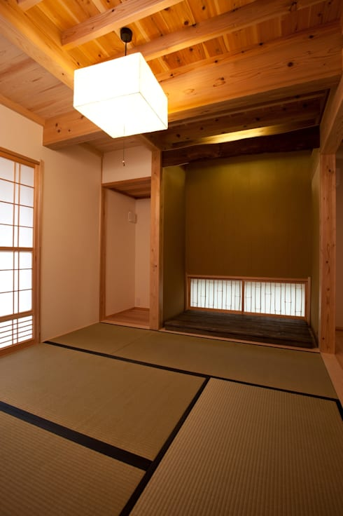 木造伝統工法のF邸: 建築設計事務所 山田屋が手掛けた和室です。