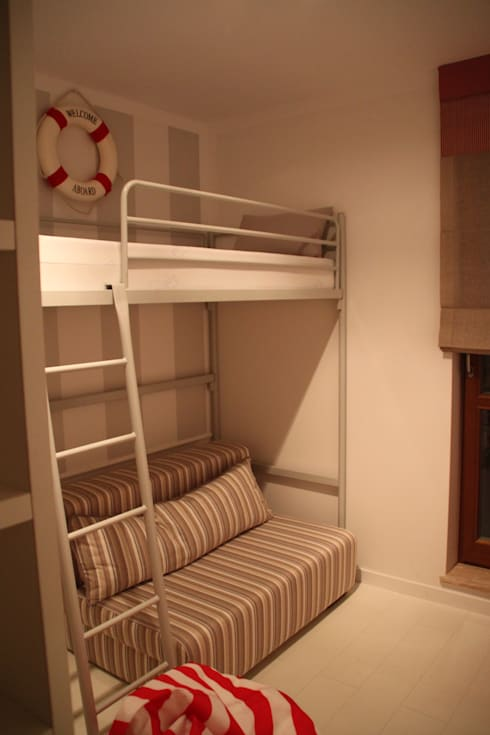 Recámaras infantiles de estilo minimalista por Comfort & Style Interiors