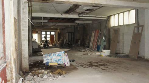 Garage voor de transformatie:   door Studio OxL