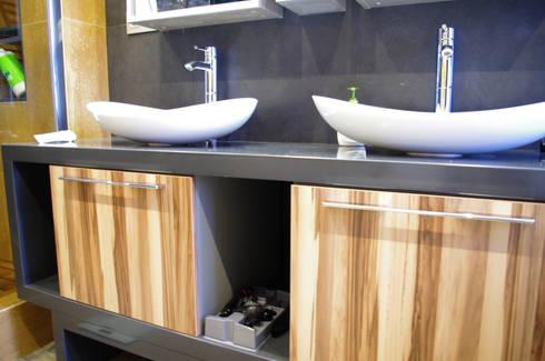 Мебель в ванную: Ванная комната в . Автор – PlatFORM