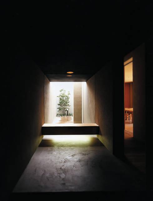 M邸: 内川建築設計室が手掛けたです。