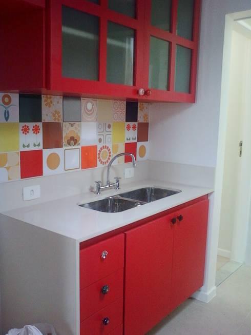cozinha americana: Cozinhas modernas por Margareth Salles