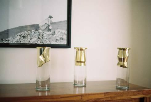 Colección Golden: Comedor de estilo  por FOAM Lifestyle Brand