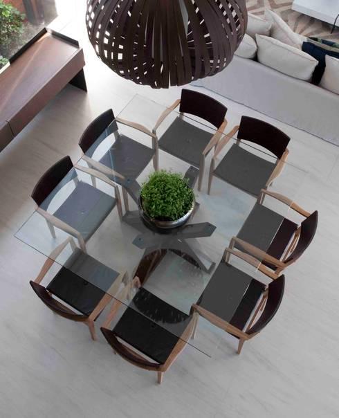 Alphaville: Salas de jantar modernas por Deborah Roig