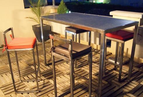table haute d 39 ext rieur en m tal par cb8design homify. Black Bedroom Furniture Sets. Home Design Ideas