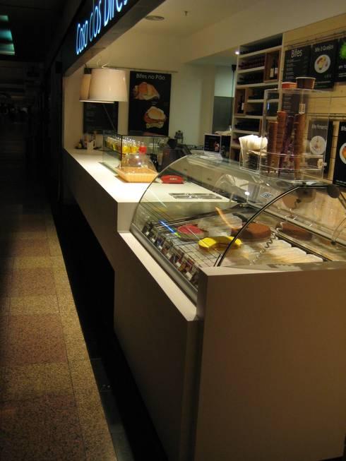 Casa dos Bifes: Espaços comerciais  por Tecno Pedra
