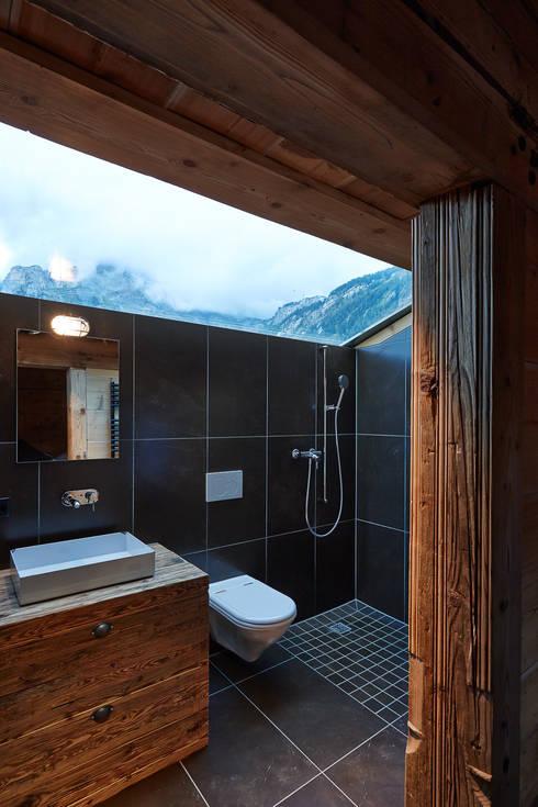Skyshower:  Badezimmer von gehret design gmbh