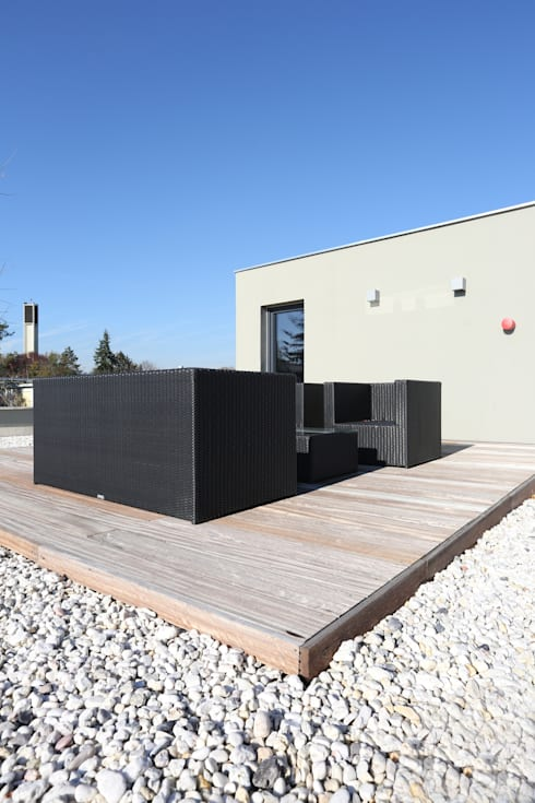 Terrazas de estilo  por Neugebauer Architekten BDA