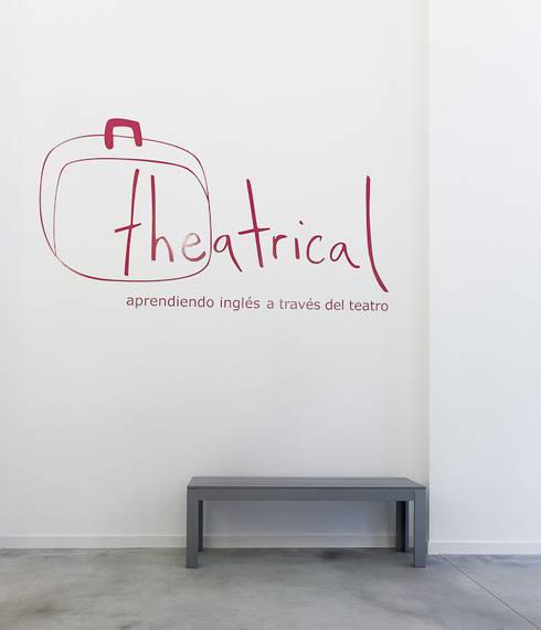 THEATRICAL: Escuelas de estilo  de soma [arquitectura imasd]