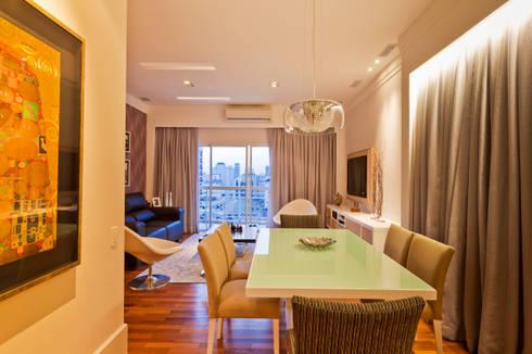 Sala de Jantar: Salas de jantar modernas por Enzo Sobocinski Arquitetura & Interiores