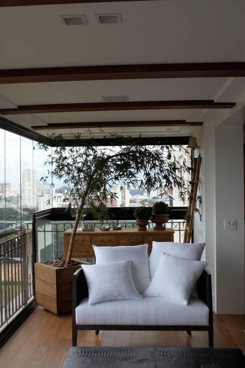Varanda Integrada: Terraços  por Vaiano e Rossetto Arquitetura e Interiores