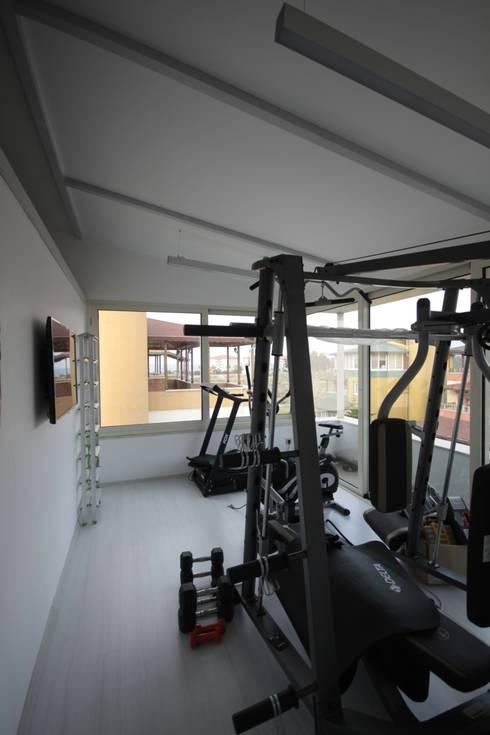 DerganÇARPAR Mimarlık  – AHMET ASLI İLHAN EVİ : minimal tarz tarz Fitness Odası