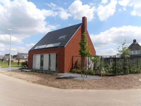 Voogevel beeld: moderne Huizen door Joris Verhoeven Architectuur