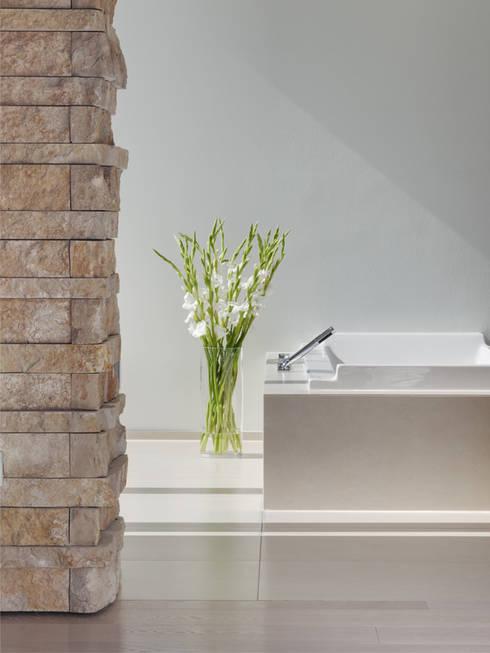 Bad - Detail:  Badezimmer von Skandella Architektur Innenarchitektur