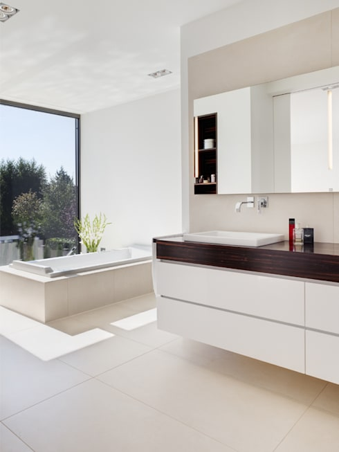 Bathroom by Skandella Architektur Innenarchitektur