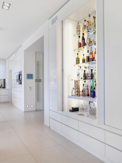 minimalistic Living room by Skandella Architektur Innenarchitektur