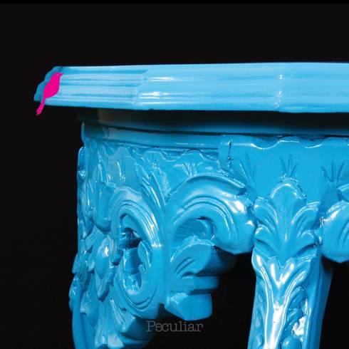 Mesa Lateral Estilo Luis XV: Hogar de estilo  por Sandra Molina