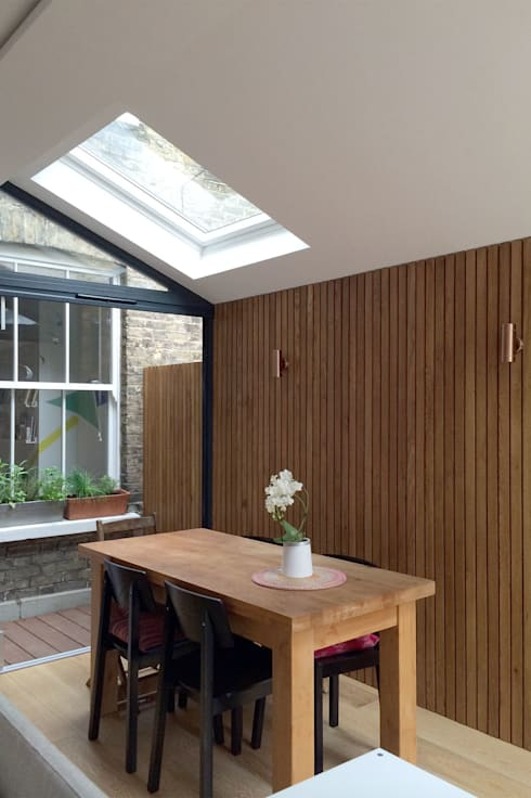Venn Street Part 2:  Dining room by Proctor & Co. Architecture Ltd