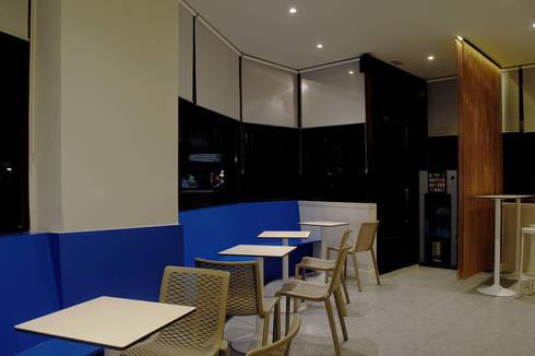 Bar IRIS: Locales gastronómicos de estilo  de interior03