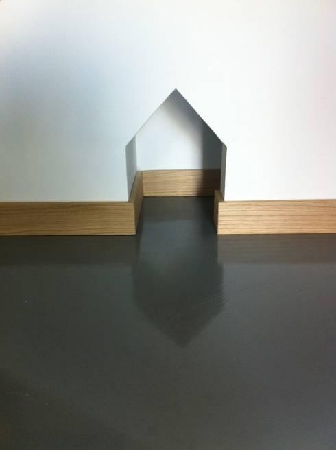 Châtière: Fenêtres & Portes de style de style Minimaliste par Atelier Tresan