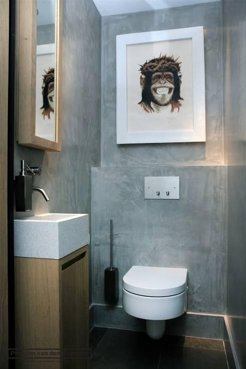 حمام تنفيذ Piet-Jan van den Kommer