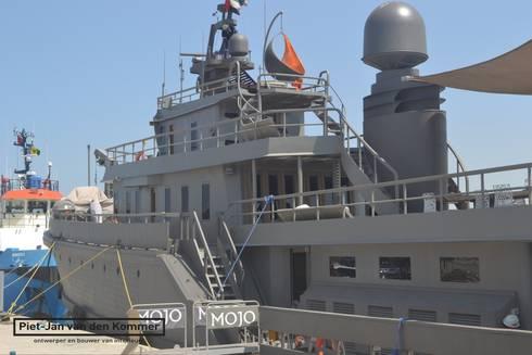 Exterieur Jacht Mojo:  Jachten & jets door Piet-Jan van den Kommer
